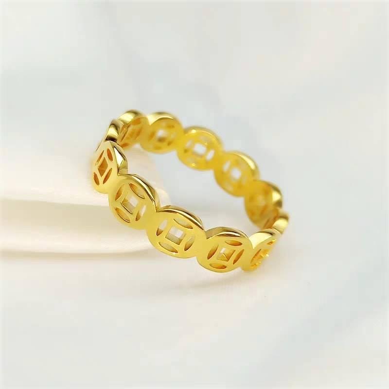 Nhẫn vàng 10k có màu tươi sáng và tinh xảo